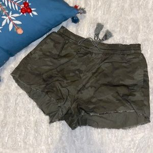 Knox rose shorts